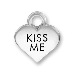 Thin Kiss Me Heart Charm Image